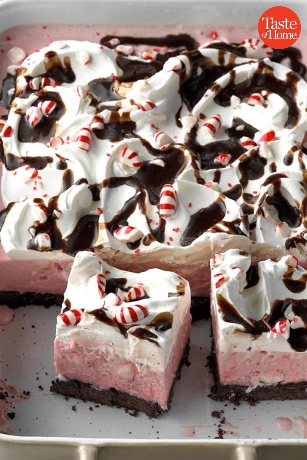 60 Easy Christmas Desserts for a Crowd