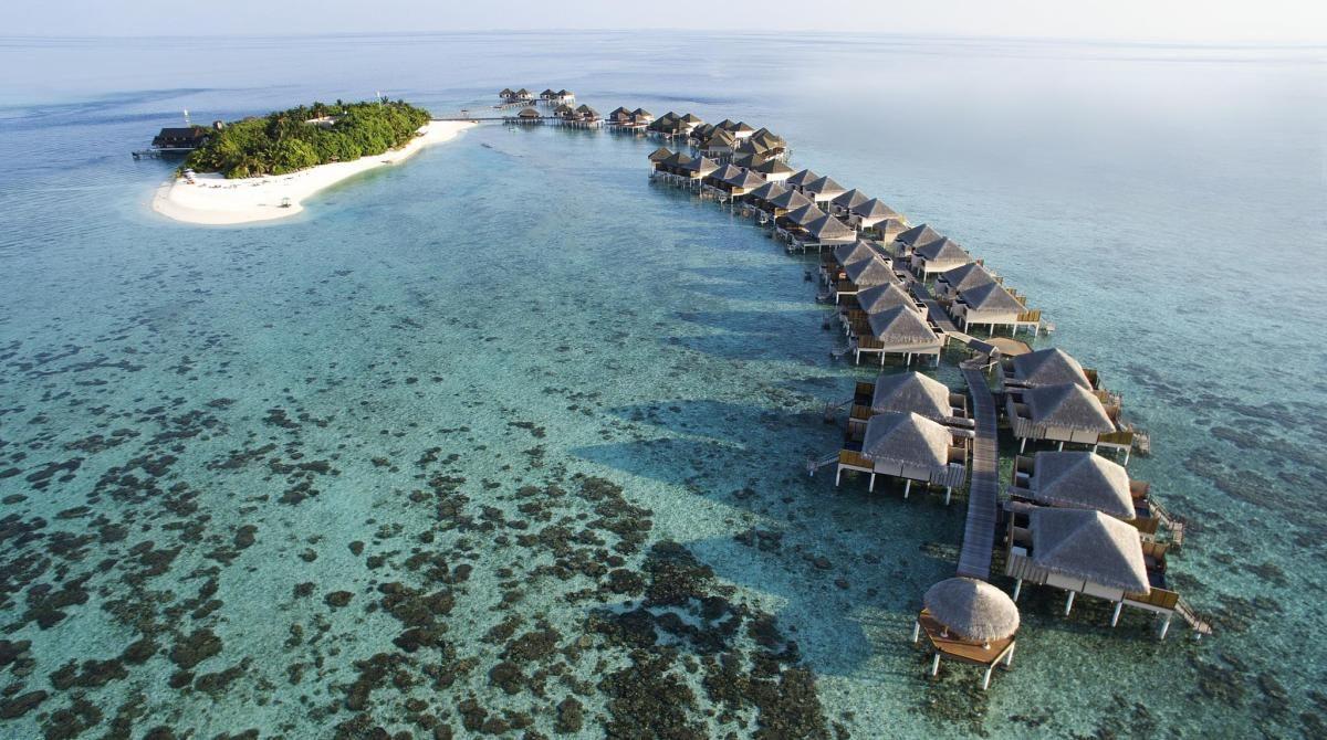 أداران برستيج فادو من أفضل 10 منتجعات فاخرة في المالديف Maldives Resort Maldives Hotel Maldives