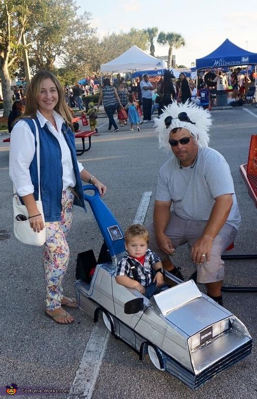 Back To The Future Family Halloween Costume Contest At Costume