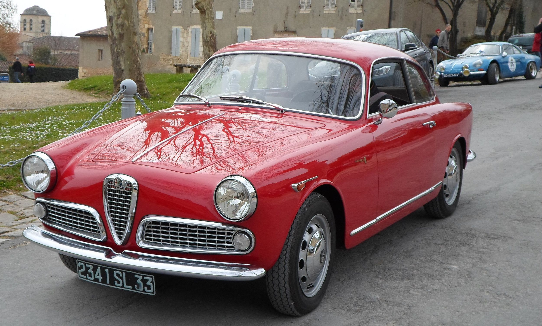 Alfa Romeo Giulietta Sprint Alfa Romeo classic cars Pinterest