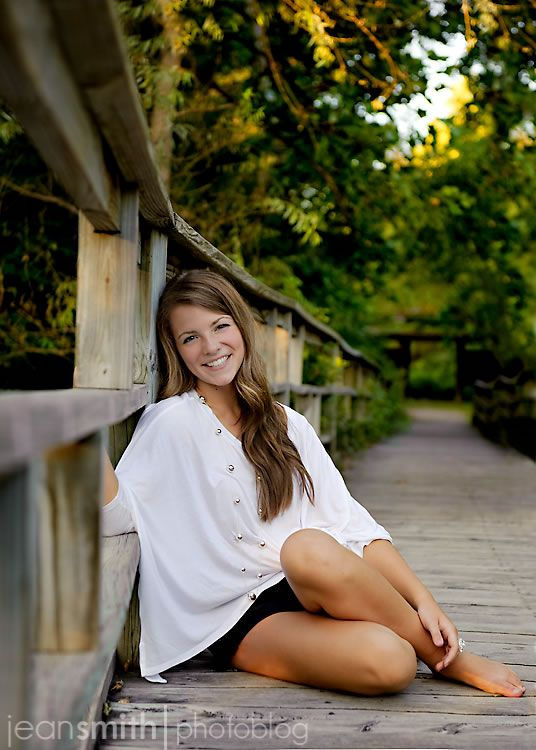 Ideas for senior pictures for girls