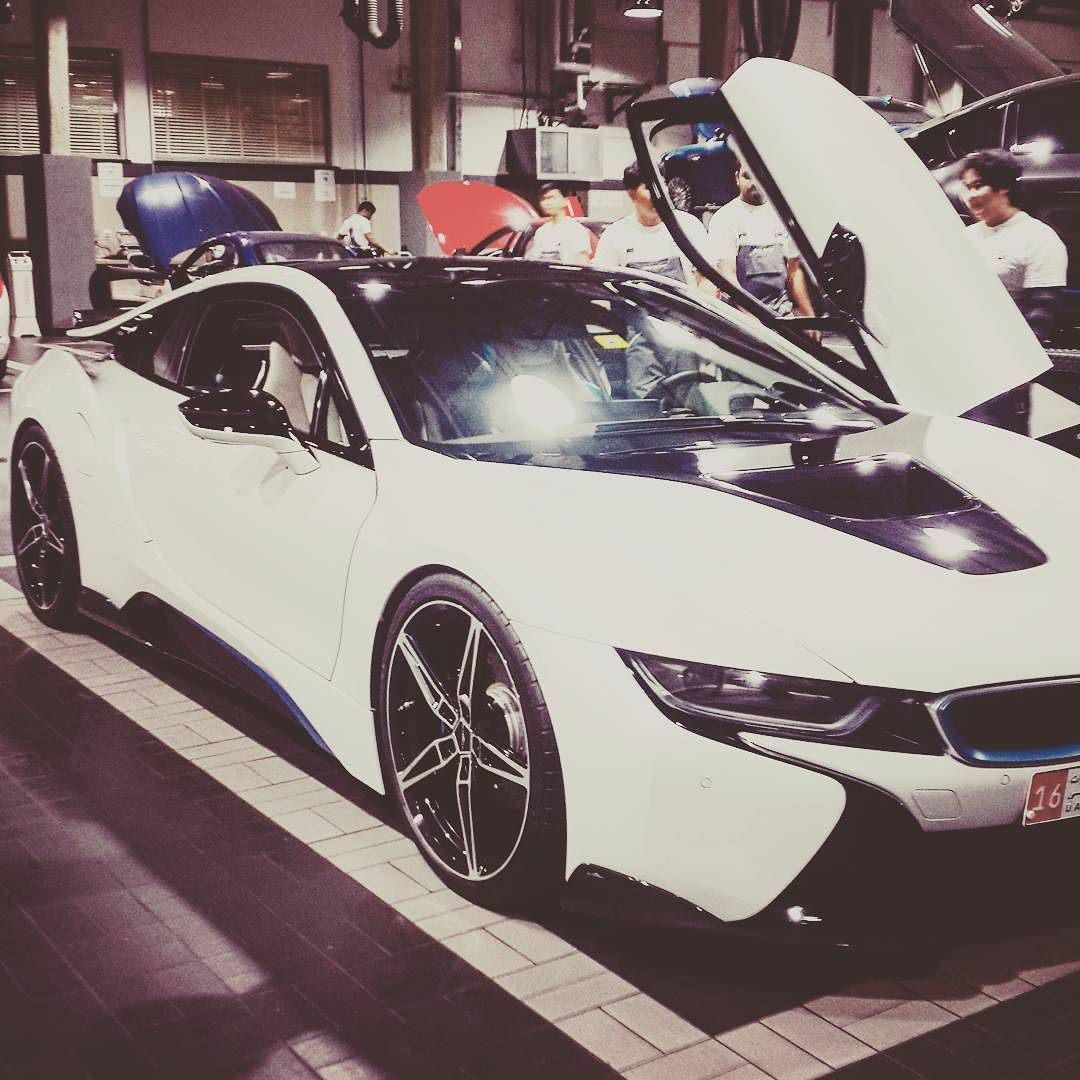 Bmw I8 Complete With Fully Carbon Fibre Ac Schnitzer Body Kit Rear