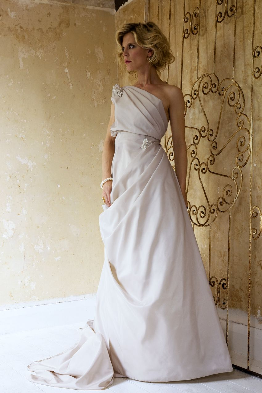 www.halfpennylondon.com Couture one-shoulderd rose silk dupion ...