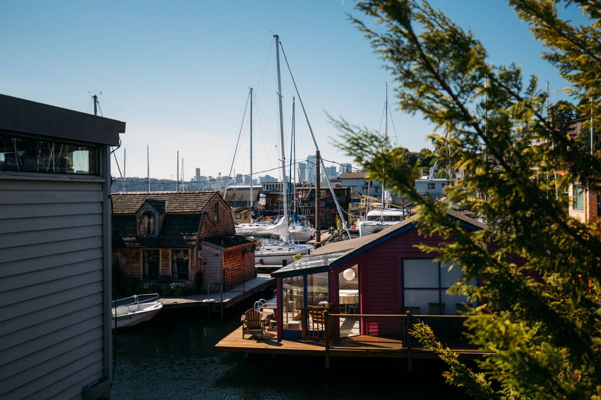 Photos: Inside a Lake Union houseboat | Seattle Refined Home | Seattle Refined - Life is Different Here