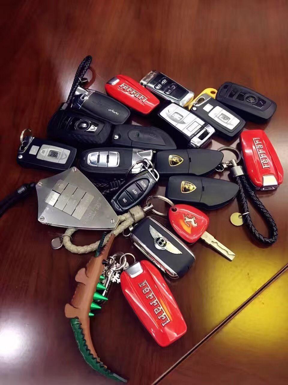 So Many Options Luxury Cars Luxury Car Interior Super Luxury Cars