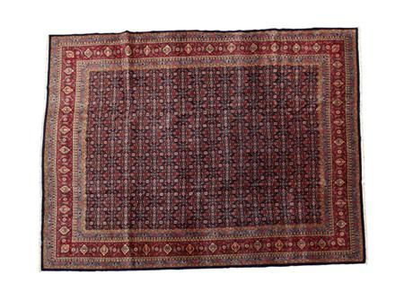 TABRIZ CARPET NORTHWEST PERSIA, MODERN 395CM X 10CM - SALE 400 - LOT 222 - LYON & TURNBULL