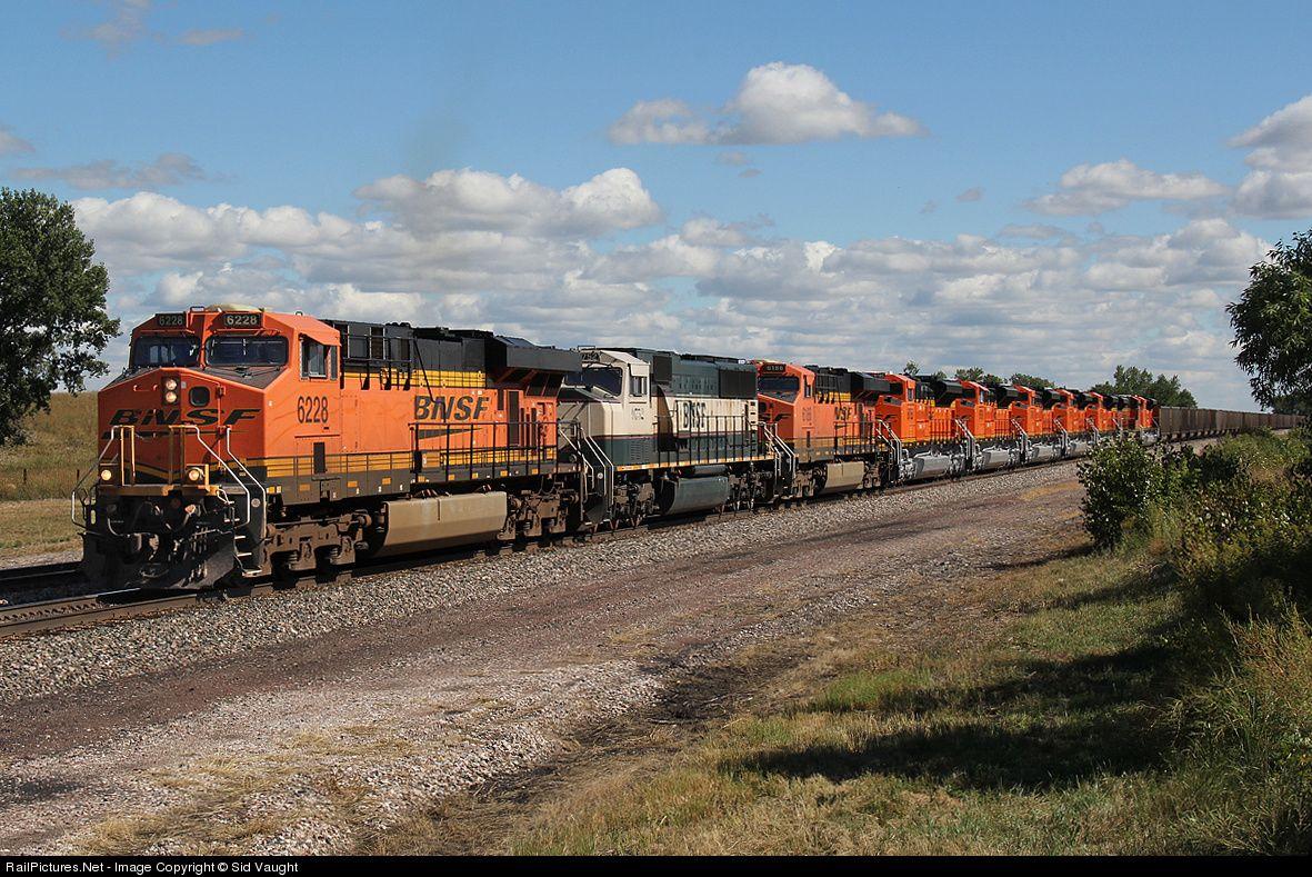 Railpictures net photo bnsf 6228 bnsf railway ge es44ac for Railpictures