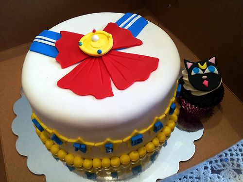 sailor moon cake                                                                                                                                                                                 More #mooncake