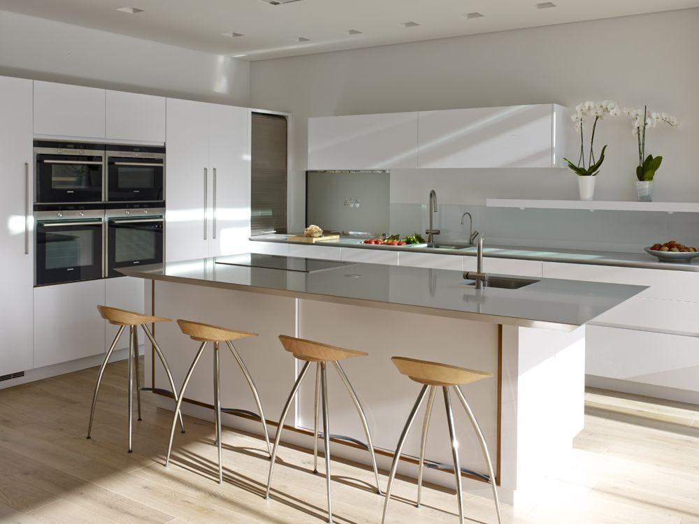 Roundhouse Bespoke White Matt Lacquer Urbo Kitchen Kitchen Plans