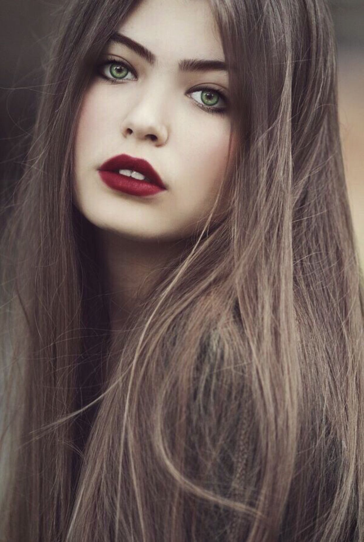 Pin By Kelly Hearden On Jovana Rikalo Hair Colour For Green Eyes Brown Hair Green Eyes Which Hair Colour