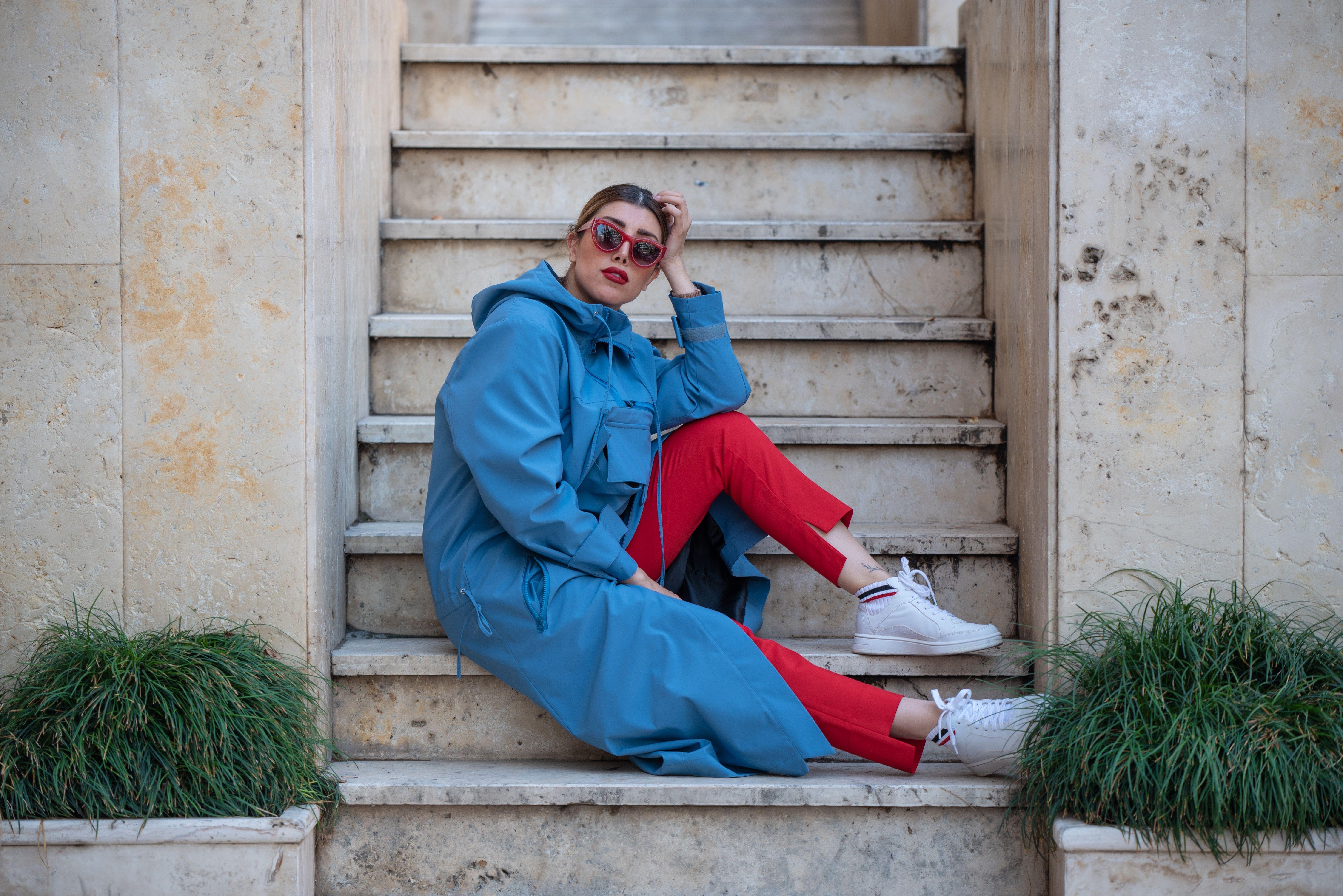 Frauenoutfits nach Anlässen: passender Modestil