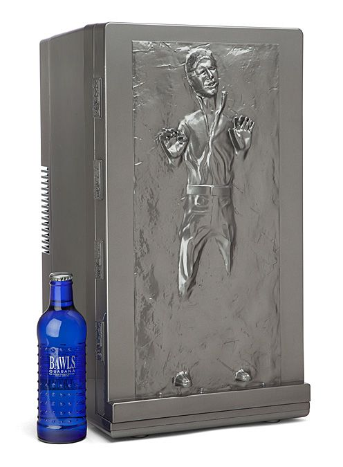Han Solo Carbonite Mini Fridge Is Perfect For Your Late Night Bounty Hunting Hansolo Kitchen Starwars