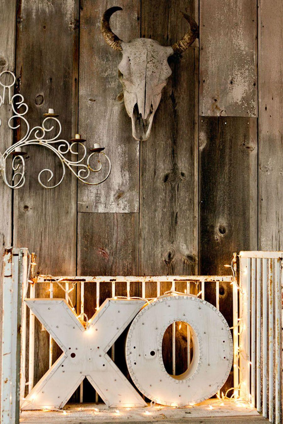 Texas Wedding - Rustic Decor Photography: Katherine OBrien Photography - katherineobrien.com