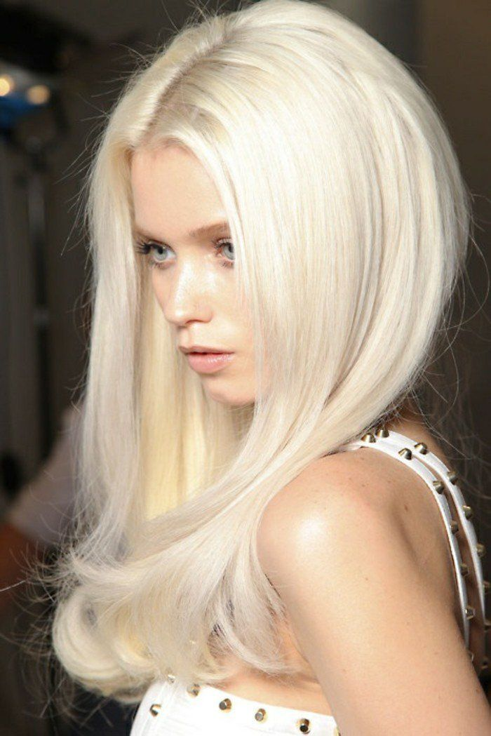 1001 looks qui vous font oser les cheveux couleur blond polaire hair blonde. Black Bedroom Furniture Sets. Home Design Ideas