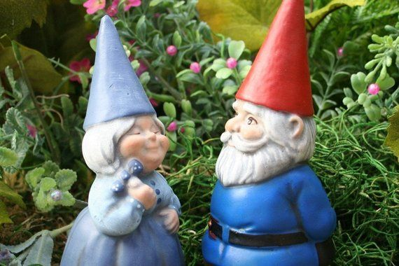 Concrete Gnomes   Garden Gnome Couple   Mr U0026 Mrs Gnomes