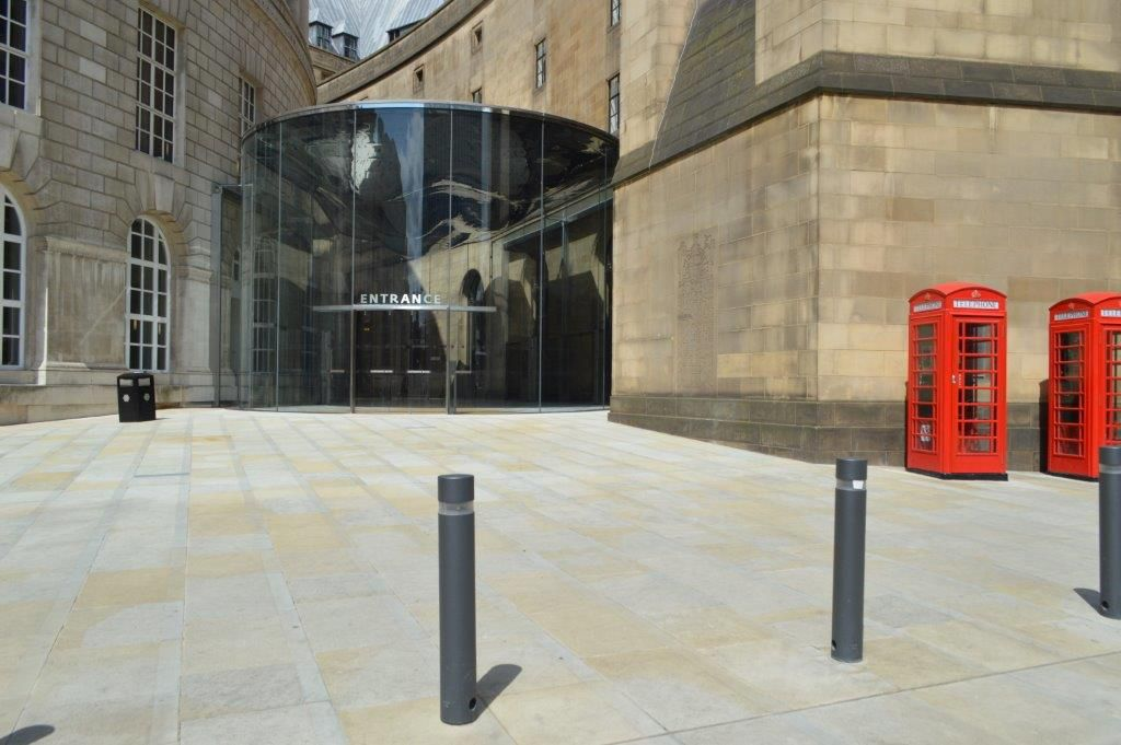 Westmoor Crest Yorkstone Library Walk St Peters Square Manchester Paving Natural Stones Hardscape