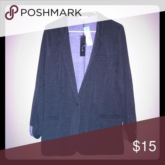 Grenaa Knit Blazer Grey knit blazer, never worn! Cute and fashionable! Jackets & Coats Blazers