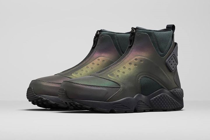 uk availability 6bbec 26a91 Introducing the futuristic Nike Air Huarache Run Mid Iridescent. Coming 1st  October. http   ift.tt 1MtLY1k