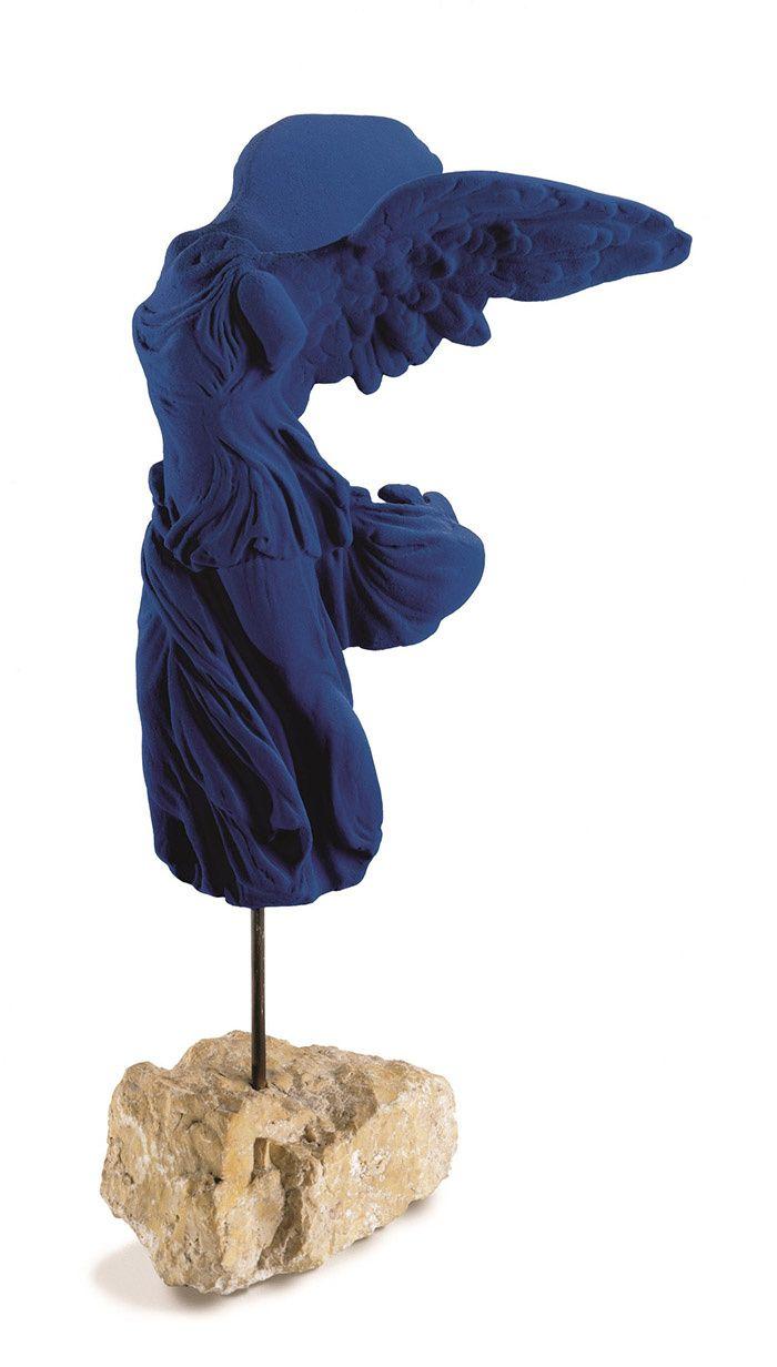 210 idées de Yves Klein en 2021 | yves klein, nouveau realisme, international klein blue