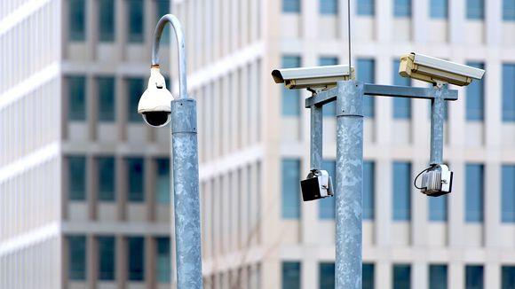 Die Telekom hatte Bedenken, dem BND bei der Überwachungsaktion Eikonal zu helfen. Doch das Kanzleramt stellte einen Persilschein aus, um die Spionage möglich zu machen.