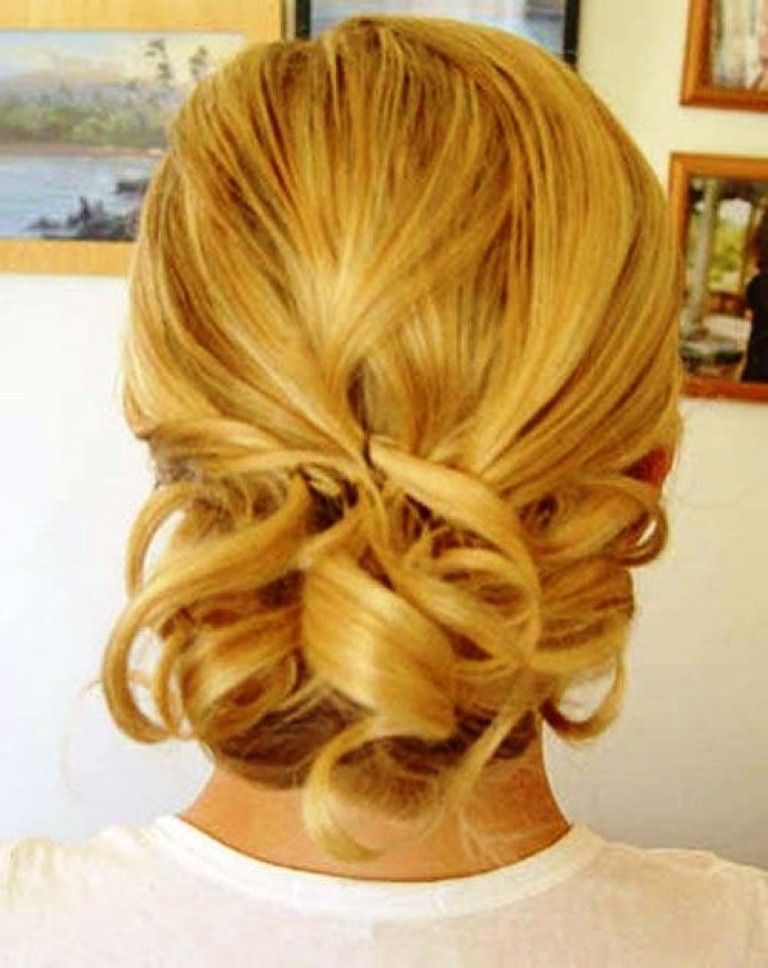 Wedding Hairstyles For Short Hair Half Up Down