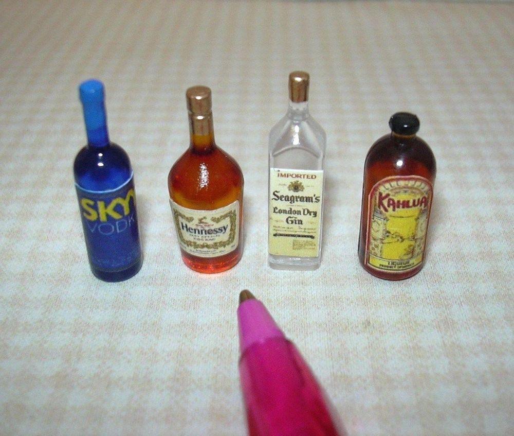 1:12 Scale Dollhouse Miniature Bottle of Kahlua
