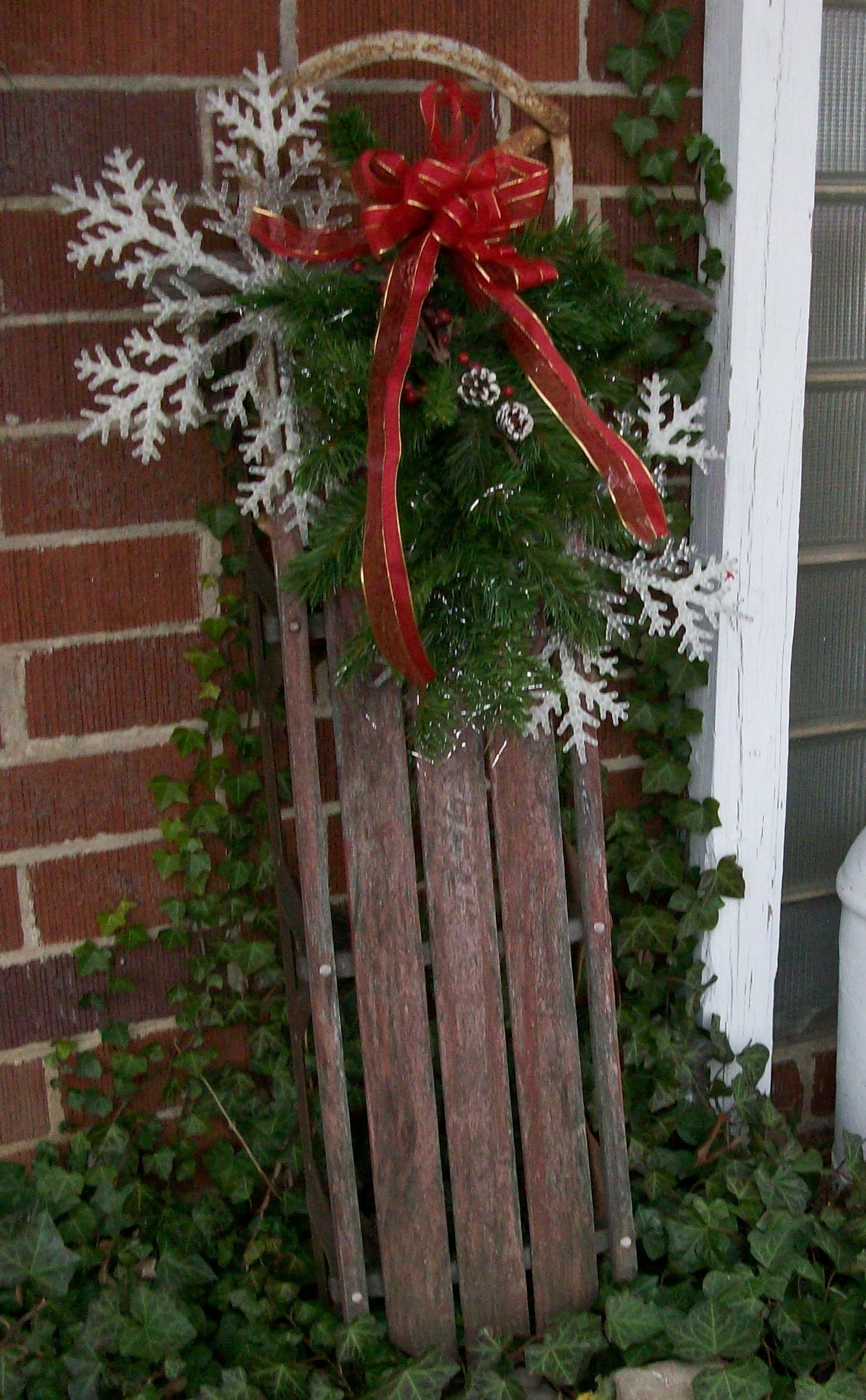 Great Outdoor Sled Decor