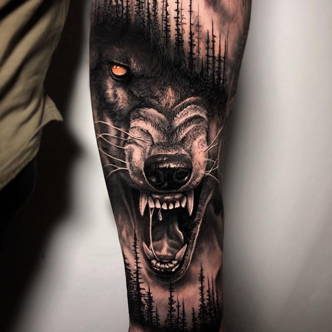 """Photo of Skin Giants – Be A Giant! on Instagram: """"🐺🌳👌👏 Wolf & Forest  Artist: @maddog_tattoos ——————————————————————— ⚜️FOLLOW⚜️ @skingiants for daily tattoos! Sharing only the best tattoos…"""""""