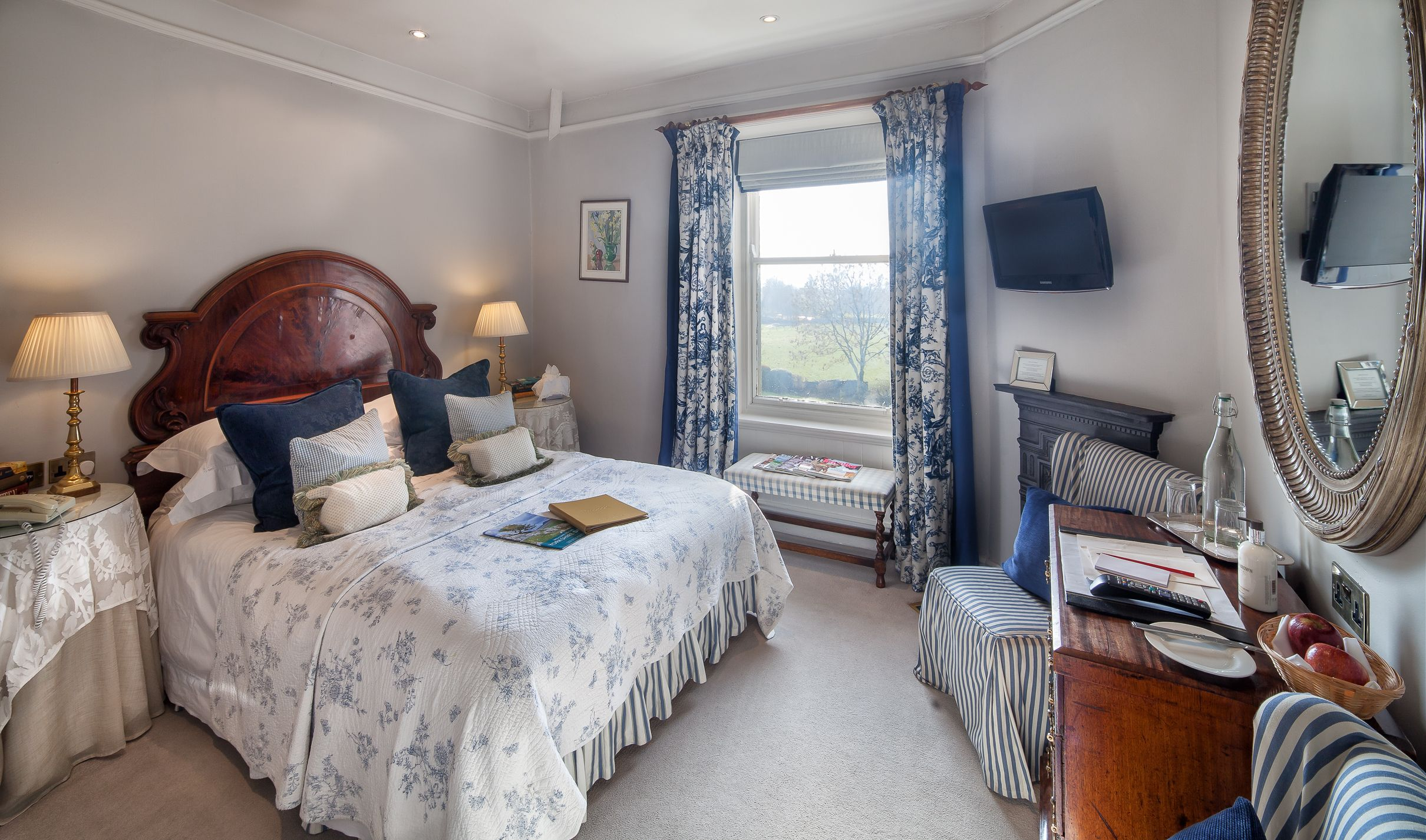 The Traddock, Austwick showcasing one of their bedrooms