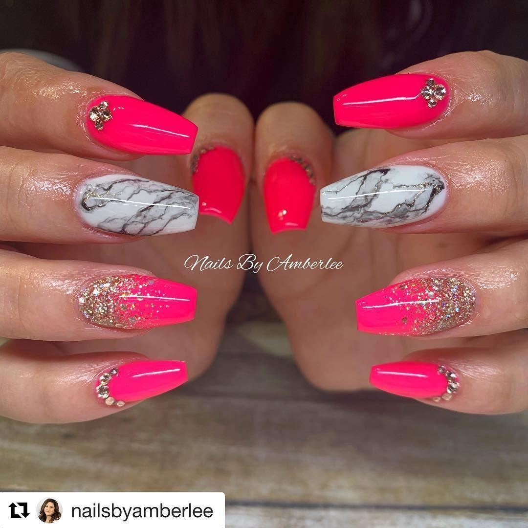 Marble Nails Summer Nails Neon Pink Hot Pink Gold Glitter Nails Gold Flake Nails Pink Glitter Nails Neon Pink Nails Summer Nails Neon