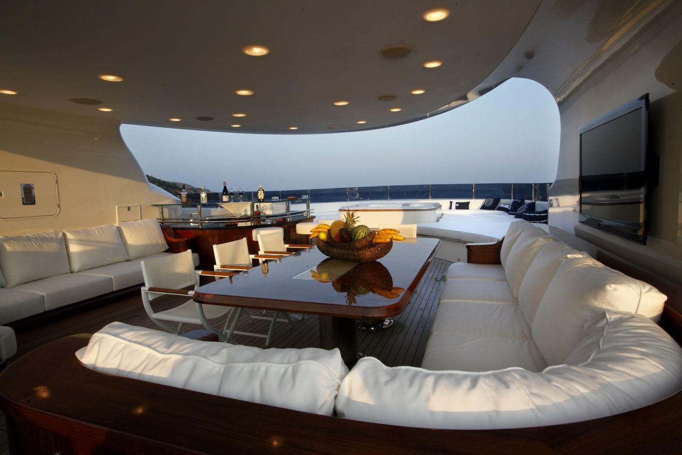 luxury yacht interiors google search yachts luxury yacht rh pinterest com luxury boat interior luxury boat interior pictures