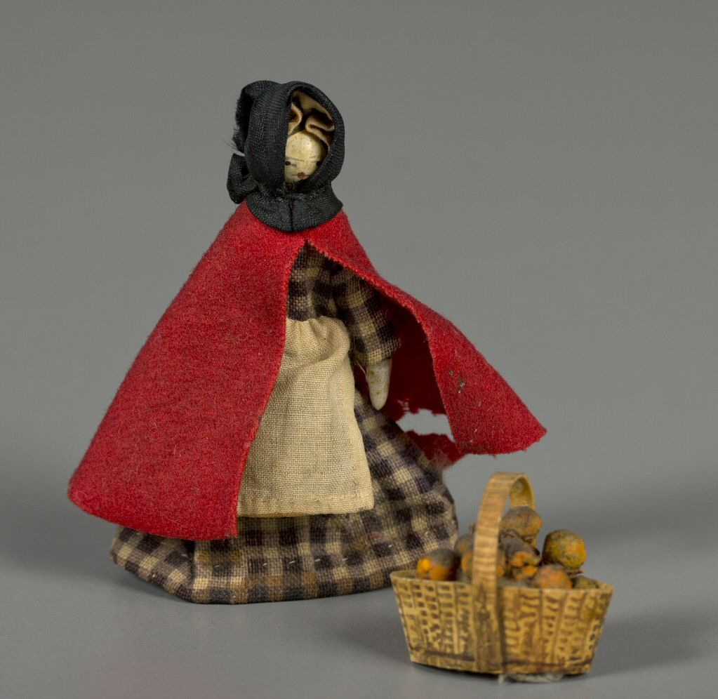 105.8550: Muñeca Peddlar   muñeca