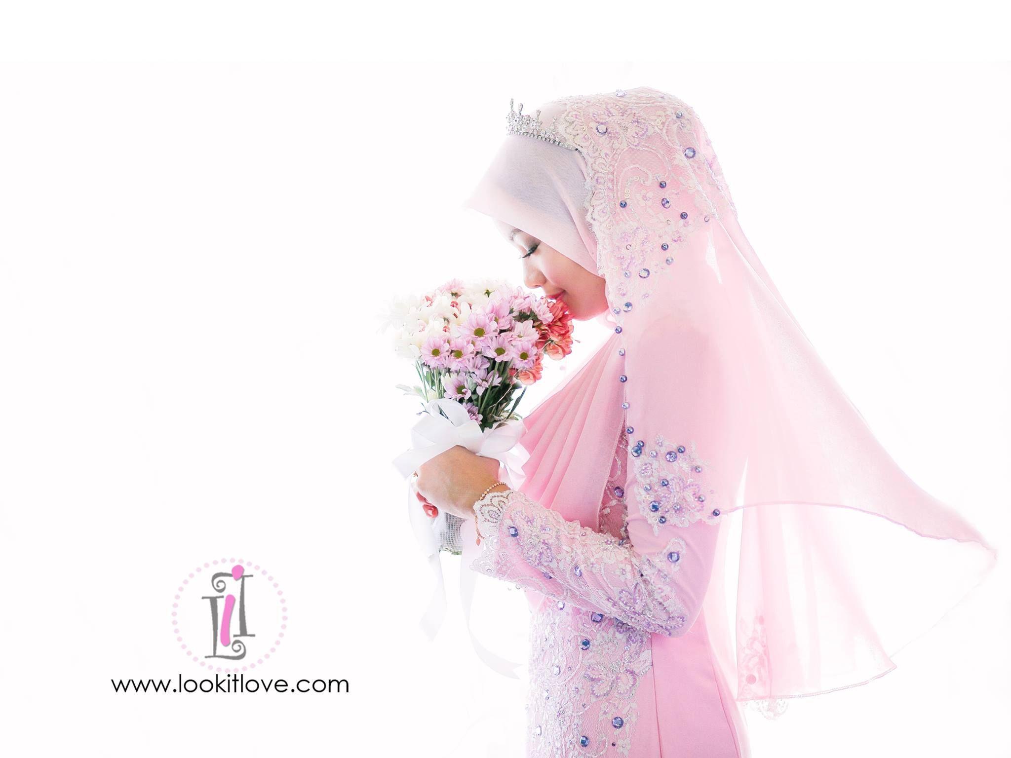 muslim bride | Wedding Dress Ideas for Muslimah | Pinterest