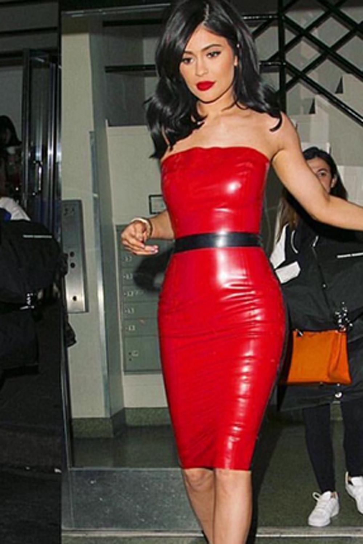 58c05d8132c Kylie Jenner was slammed for a  major  dress faux pas last night.
