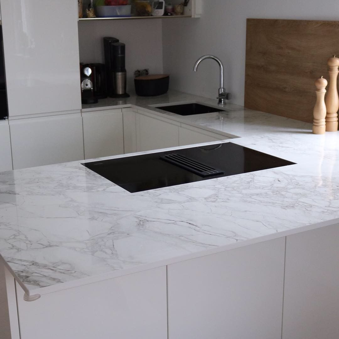 Stein Kuchenarbeitsplatte Countertops Granitecountertops Granitarbeitsplatte Ceramics Ceramiccou Kuchenarbeitsplatte Granit Arbeitsplatte Haus Kuchen