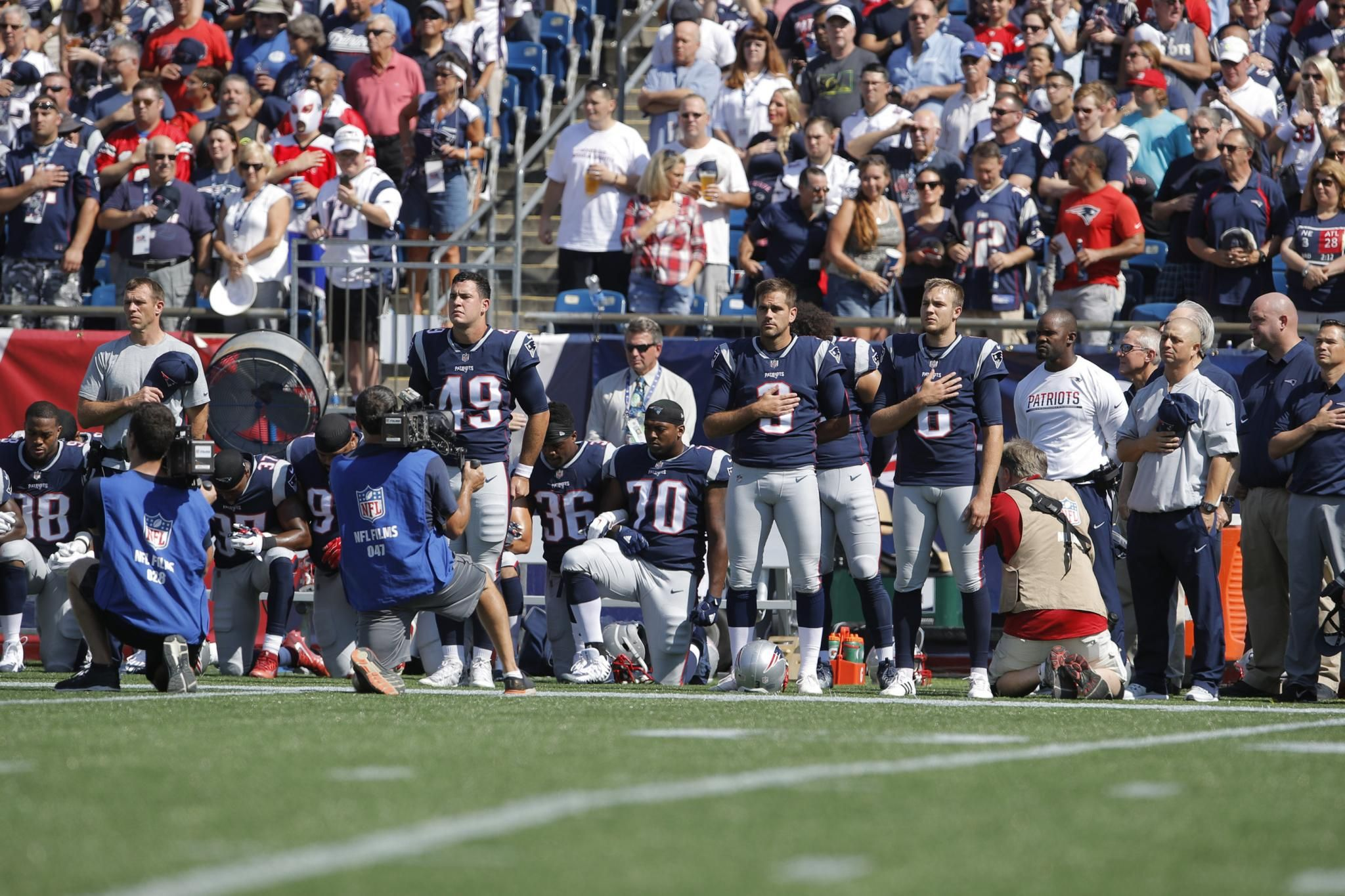 Fox Sports President Nfl National Anthems Will Not Be Shown On Tv Which Includes Patriots Panthers Jersey Patriots Football Kneeling National Anthem
