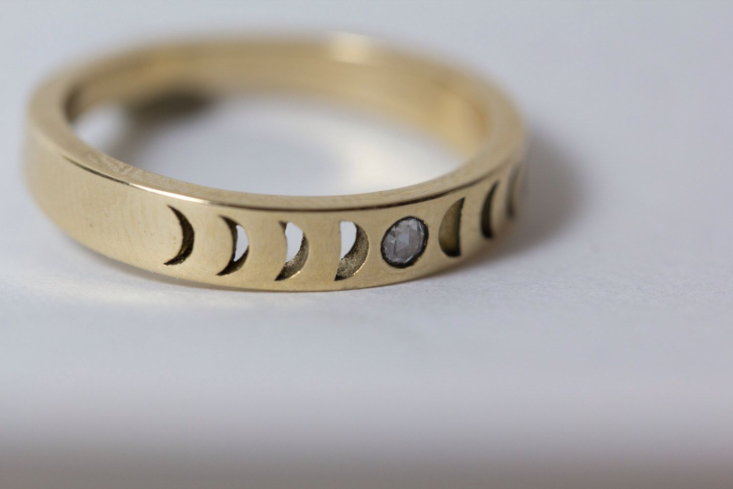NEW Bisclavret Moonphase Ring in 14k gold set with a Rose Cut