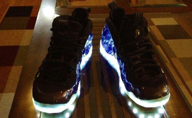 Nike-Air-Foamposite-One-Galaxy-Glow
