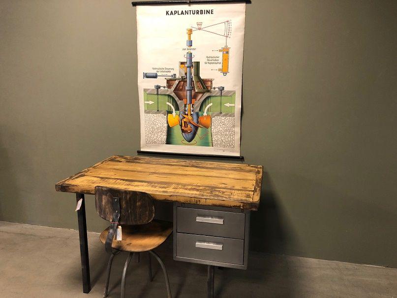 Bureau van hout staal industriele meubels pinterest bureaus