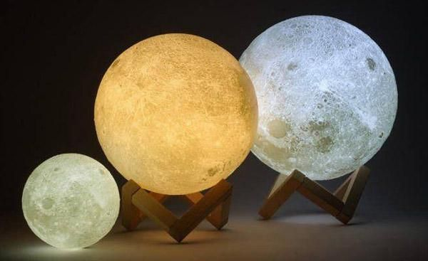 Did You Ever Find Yourself Staring At The Moon Just Wishing Your Could Get A Little Bit Closer Well Now You Can With These Night Light Lamp Night Light Lamp