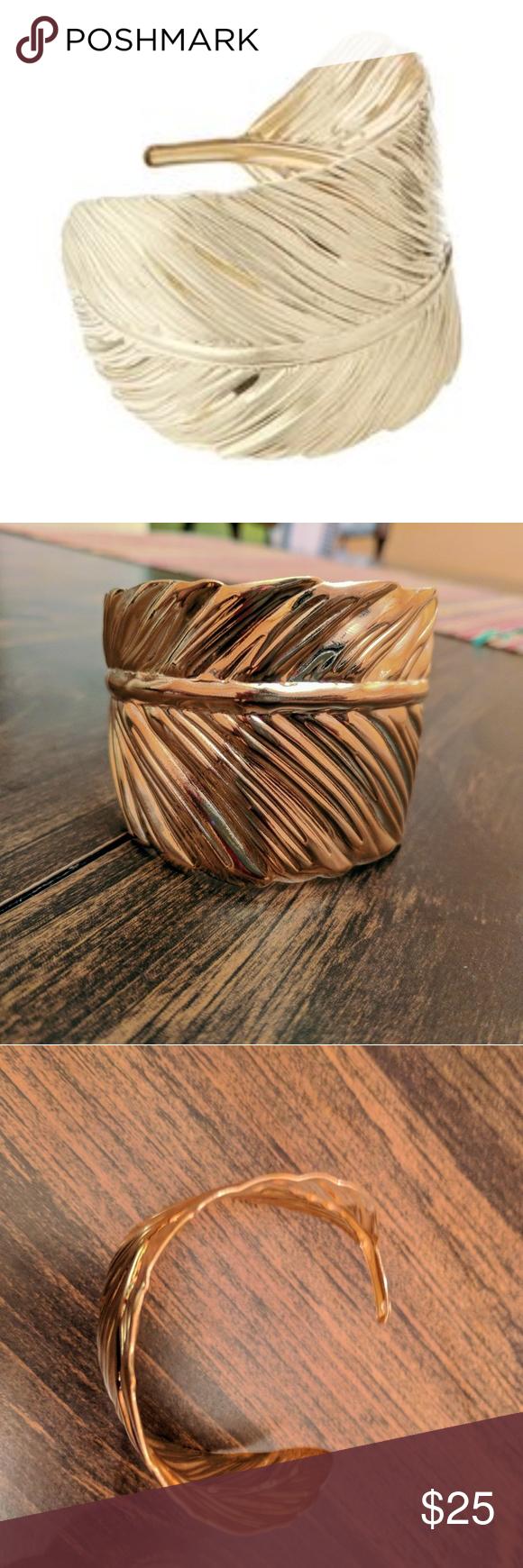 🍁Fashionable 🍁 Gold 🍁 Leaf 🍁 Cuff🍁 Adjustable Gold Leaf cuff, perfect for fall or any season! NWT, NWB. Sevil Designs Jewelry Bracelets
