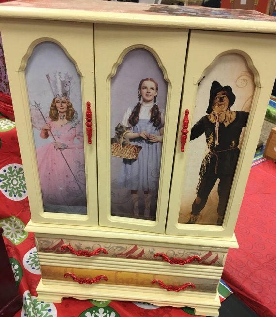 Dorothy and Friends Wizard of Oz Jewelry Box Box Etsy and Thrift