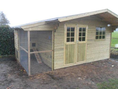 Tuinhuis met ingebouwd kippenhok tuinhuis pinterest for Ingebouwd zwembad zelf maken