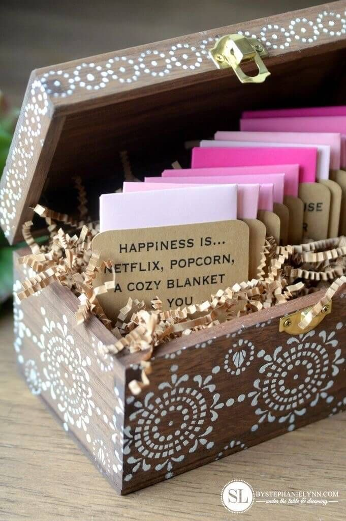 11 Romantic Diy Valentine S Day Gift Ideas That Your Man Will Love Forever Free By Any Means Valentines Gift Box Date Night Gifts Valentine Gifts For Husband