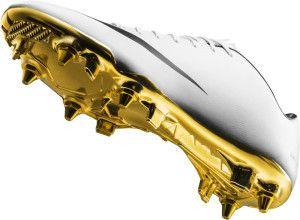 superior quality 662c7 fb89b  Botines  Nike Mercurial Vapor IX CR7, con suela de oro en homenaje a   CristianoRonaldo