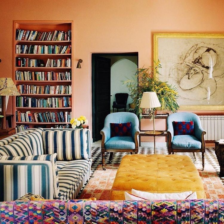 "Lucinda Barton on Instagram: ""Such a clever sitting room by Adam Bray . . #interiordesign #interior #interiordecorator #interiordesigner #interiorstyle #interiorstyling…"""