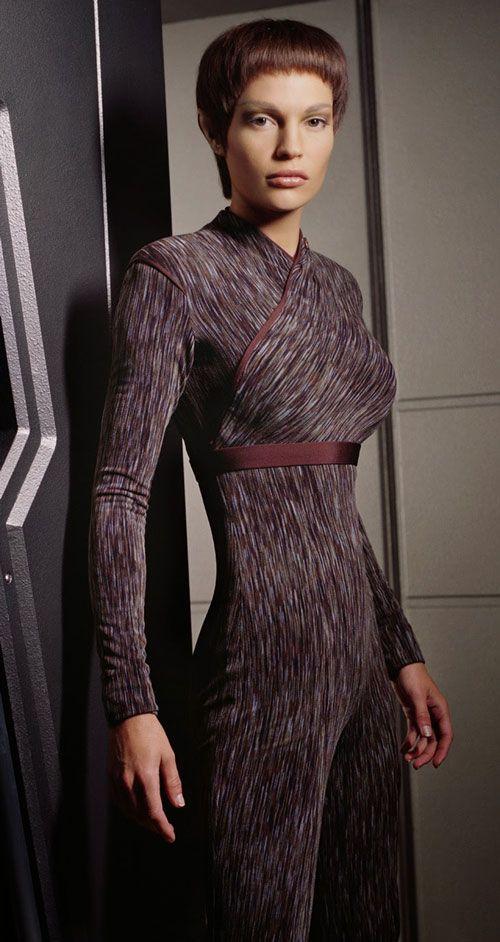 Photo of Sub-Commander T & # 39; Pol (Jolene Blalock in Star Trek: Enterprise)