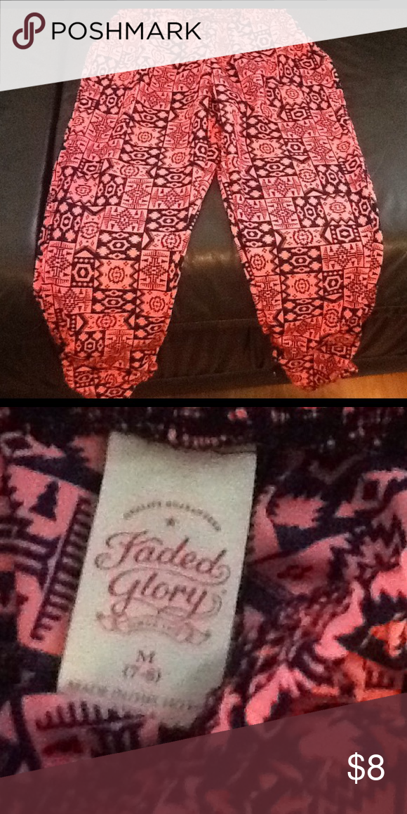 Faded glory girls size 7/8 Very cute and like new! $3 items bundle in 3 Faded Glory Bottoms Casual