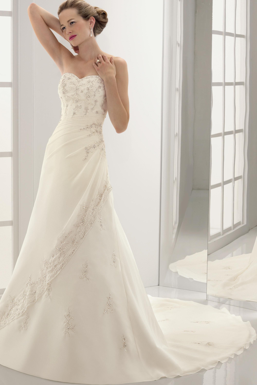 Elegant Sweet Heart Wedding Gown Ivory