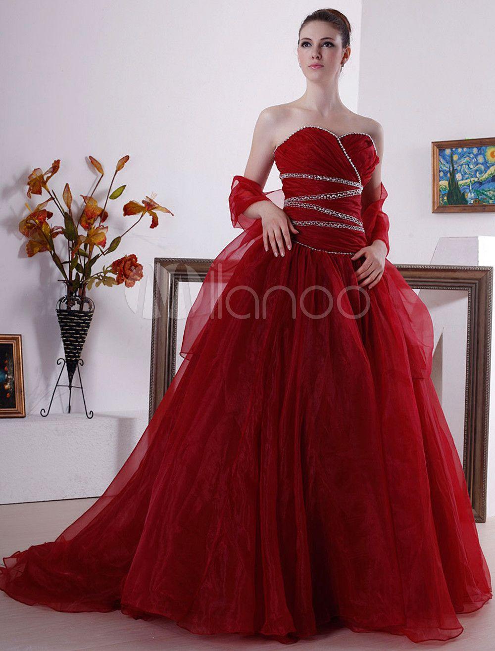 rouge et or robe de mari e robes de mariee rouge. Black Bedroom Furniture Sets. Home Design Ideas